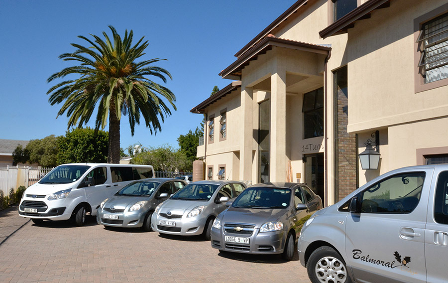 Balmoral Lodge Airport Transfers